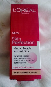 Skin Perfection Magic Touch Instant Blur.